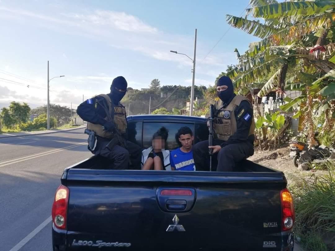 Infraganti capturan a pareja que dio muerte a transportista en la capital