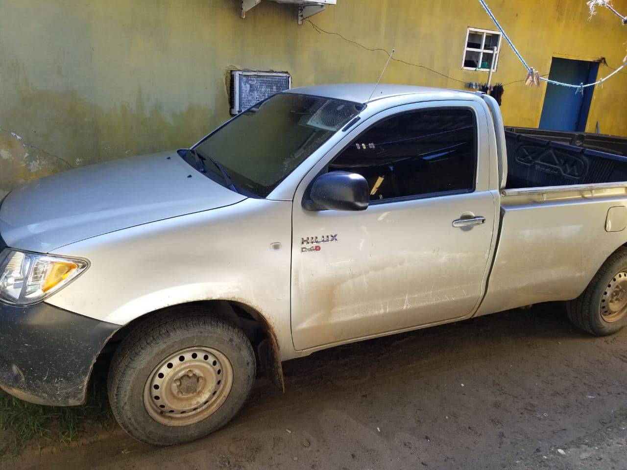 Mediante investigación policial interceptan vehículo con supuesta droga en Colón