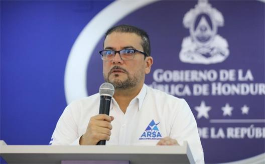 Francis Contreras: La vacuna contra el COVID-19 no es un pasaporte para que nos quitemos la mascarilla