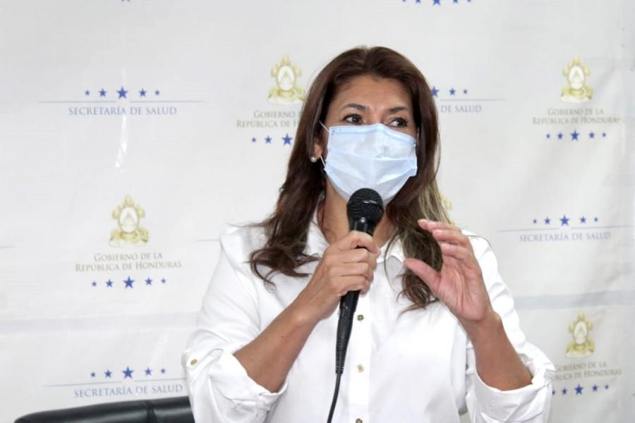 Alba Consuelo Flores: «Próximo lunes recibiremos hospital móvil de Tegucigalpa»