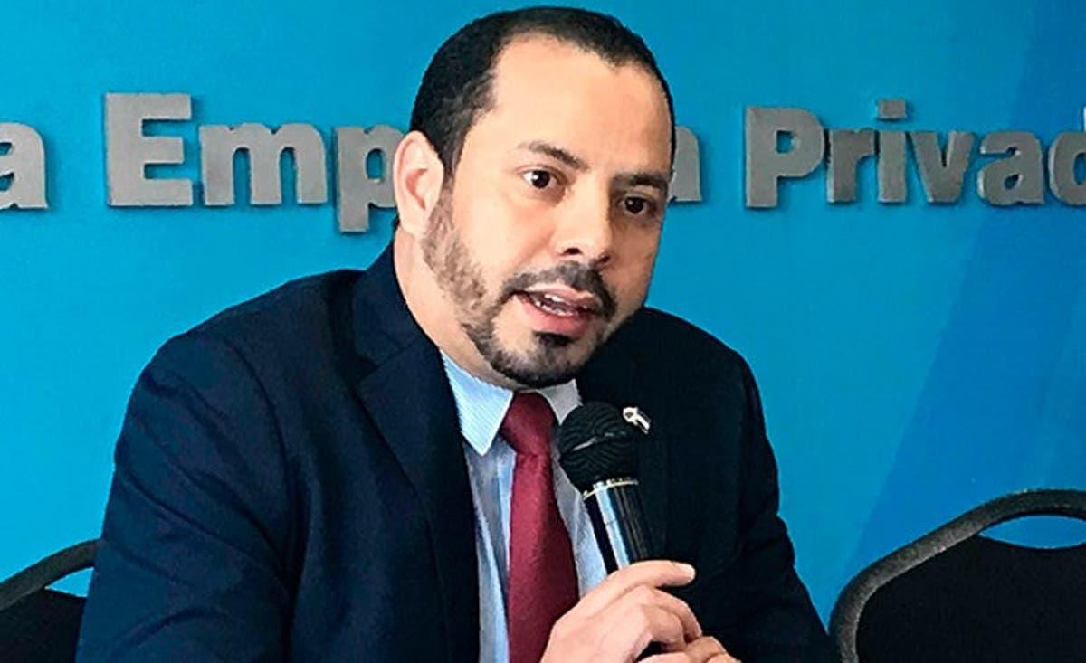 Gustavo Solórzano: «No debe de haber un cierre de la economía»
