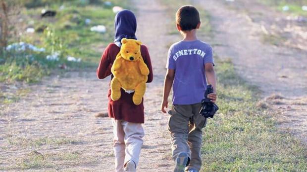 DINAF: Al menos el 90 % de menores salen del país por la aduana de Agua Caliente