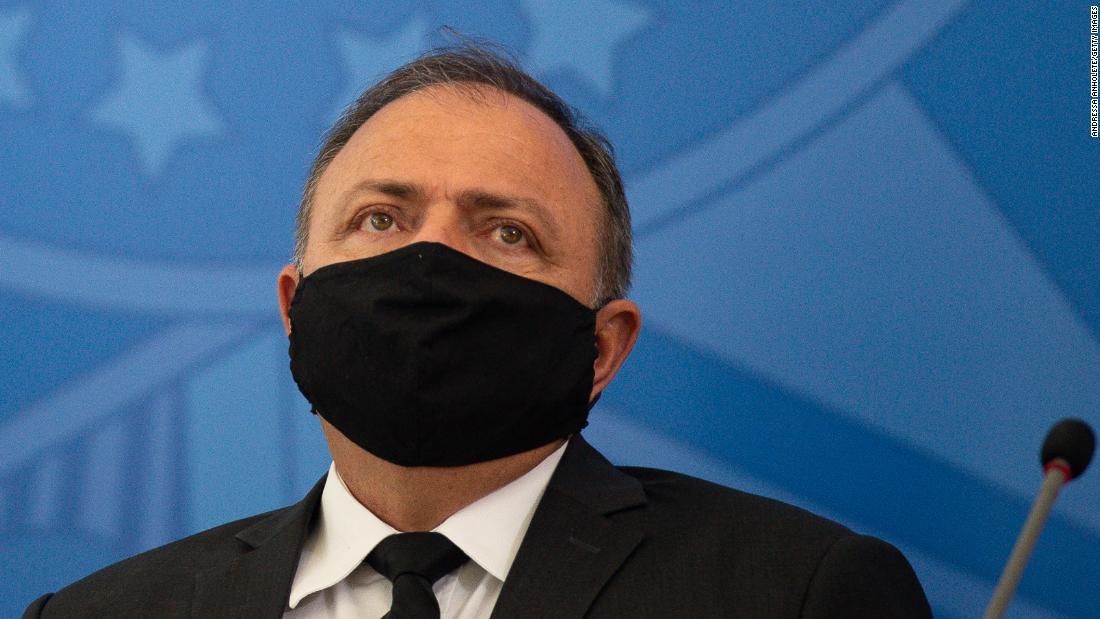 Investigan a ministro por crisis de salud en Manaos, Brasil