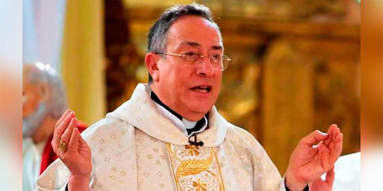 El cardenal Óscar Andrés Rodríguez: «Cuántas personas piensan que no le importan a nadie, ahí está la raíz de la mayoría de tantos problemas personales»