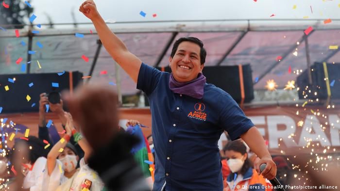 Arauz gana elecciones en Ecuador; habrá segunda vuelta