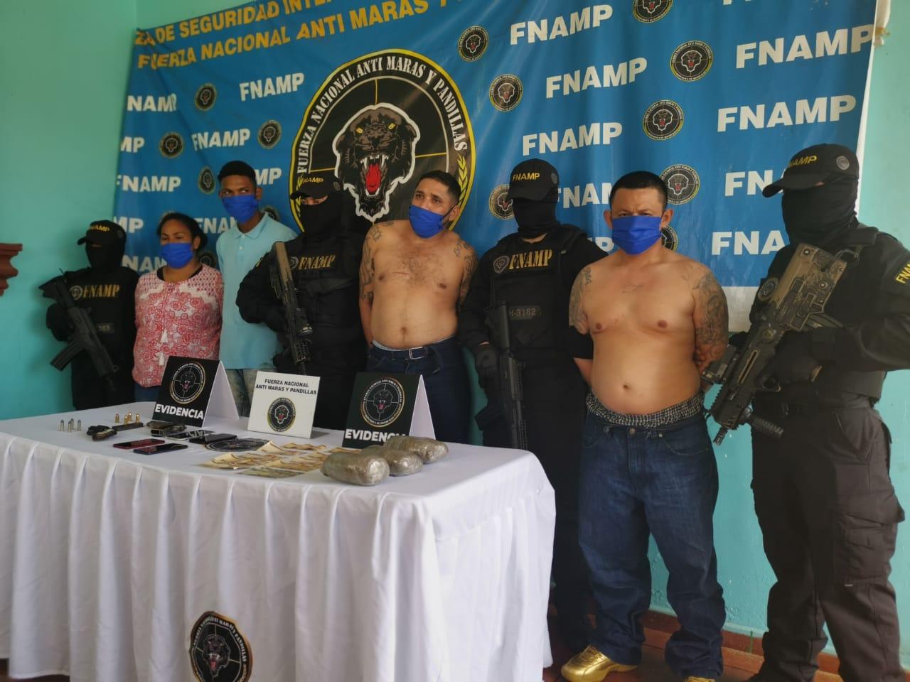 FNAMP captura a  cabecilla y a otros supuestos extorsionadores  de la pandilla 18 en La Ceiba
