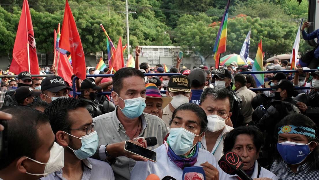 Vamos a pedir el reconteo voto a voto»: El candidato ecuatoriano Yaku Pérez denuncia «fraude» luego que se revirtieran los datos a favor de Lasso