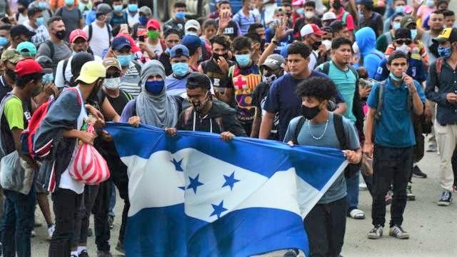México anuncia que vacunará contra la Covid-19 a migrantes que buscan el sueño americano