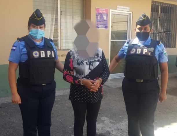 Capturan a mujer por el delito de venta de personas en la capital