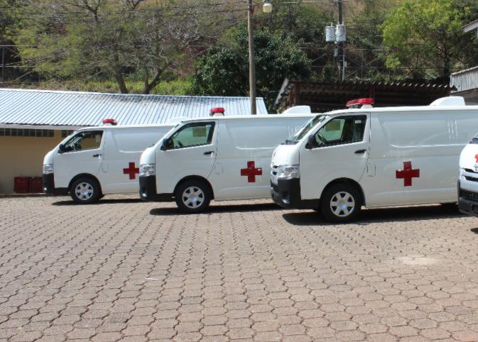 Salud recibe ocho ambulancias de parte de Japón