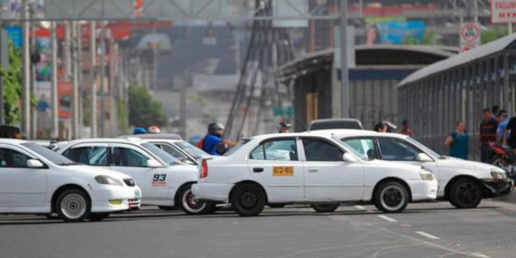 IHTT: anuncia que se suspende paro de transporte anunciado para este lunes