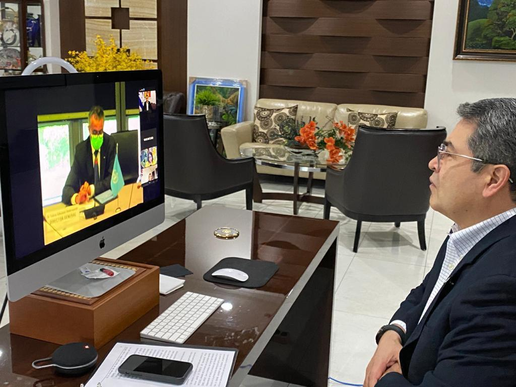 Presidente Hernández se reúne con director general de la OMS