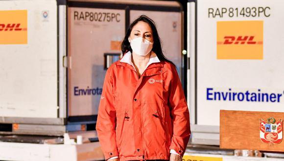 Demite la ministra de Relaciones Exteriores peruana, tras admitir que recibió la vacuna contra el covid-19 de Sinopharm