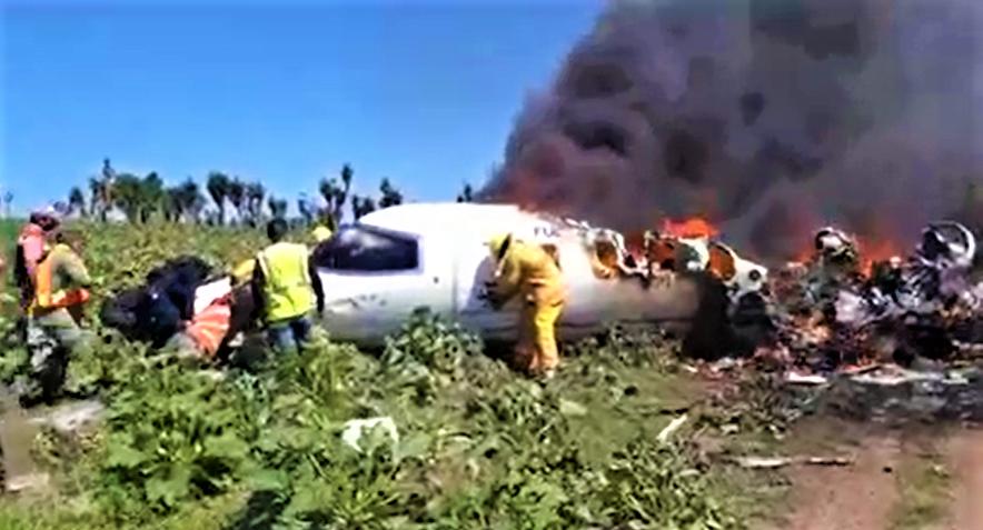 Seis militares fallecen en accidente aéreo en México