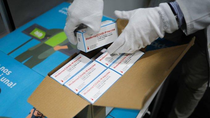 España recibirá menos dosis de la vacuna de Moderna en febrero por problemas de producción