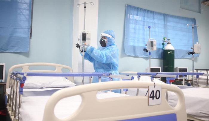 Médicos en Acción: CMH debe abrir una sala para atender a sus agremiados con COVID-19