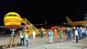 Panamá Confirma la llegada del vuelo de DHL que transporta el segundo lote de 67,860 vacunas  del laboratorio Pfizer