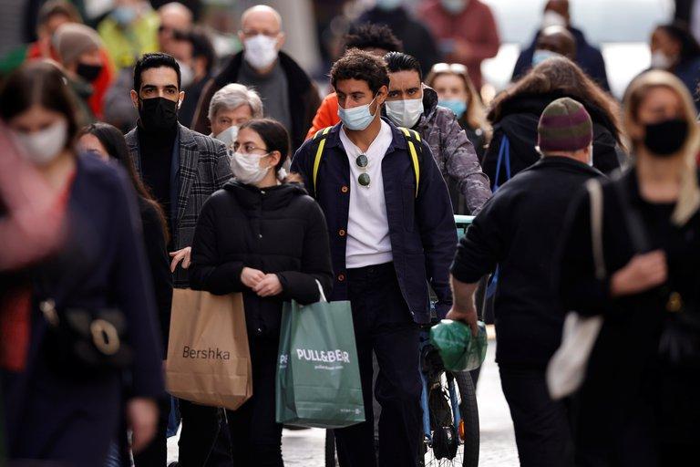 La OMS advierte que el coronavirus sigue propagándose a ritmos muy elevados en toda Europa