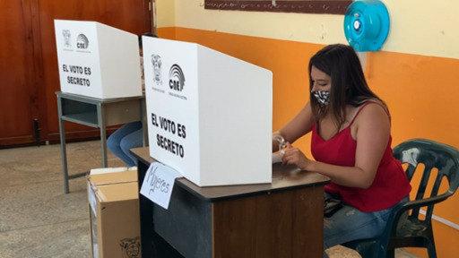 Ecuador: Pérez y Lasso acuerdan un nuevo conteo de votos para saber quién ganó
