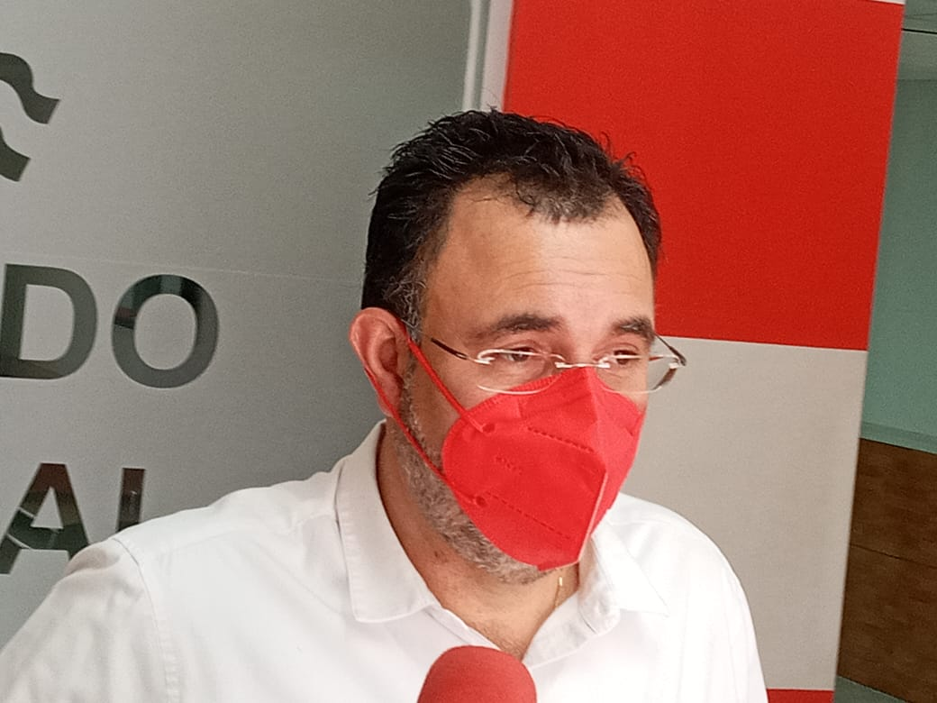Luis Zelaya: «Está claro que un 70% de la población no tiene afinidad con ningún partido político»