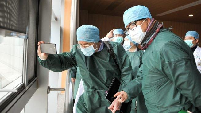 La OMS concluye en Wuhan que el coronavirus es de origen animal y que surgió en diciembre de 2019