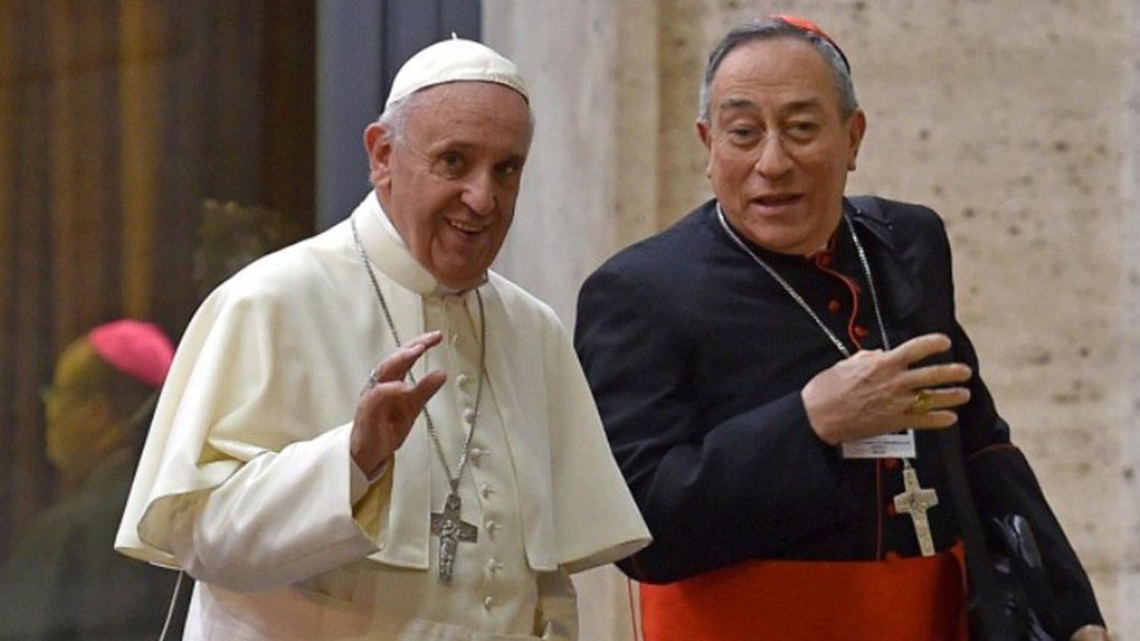 Papa Francisco se comunica con el Cardenal Oscar Andrés Rodríguez para conocer sobre su salud