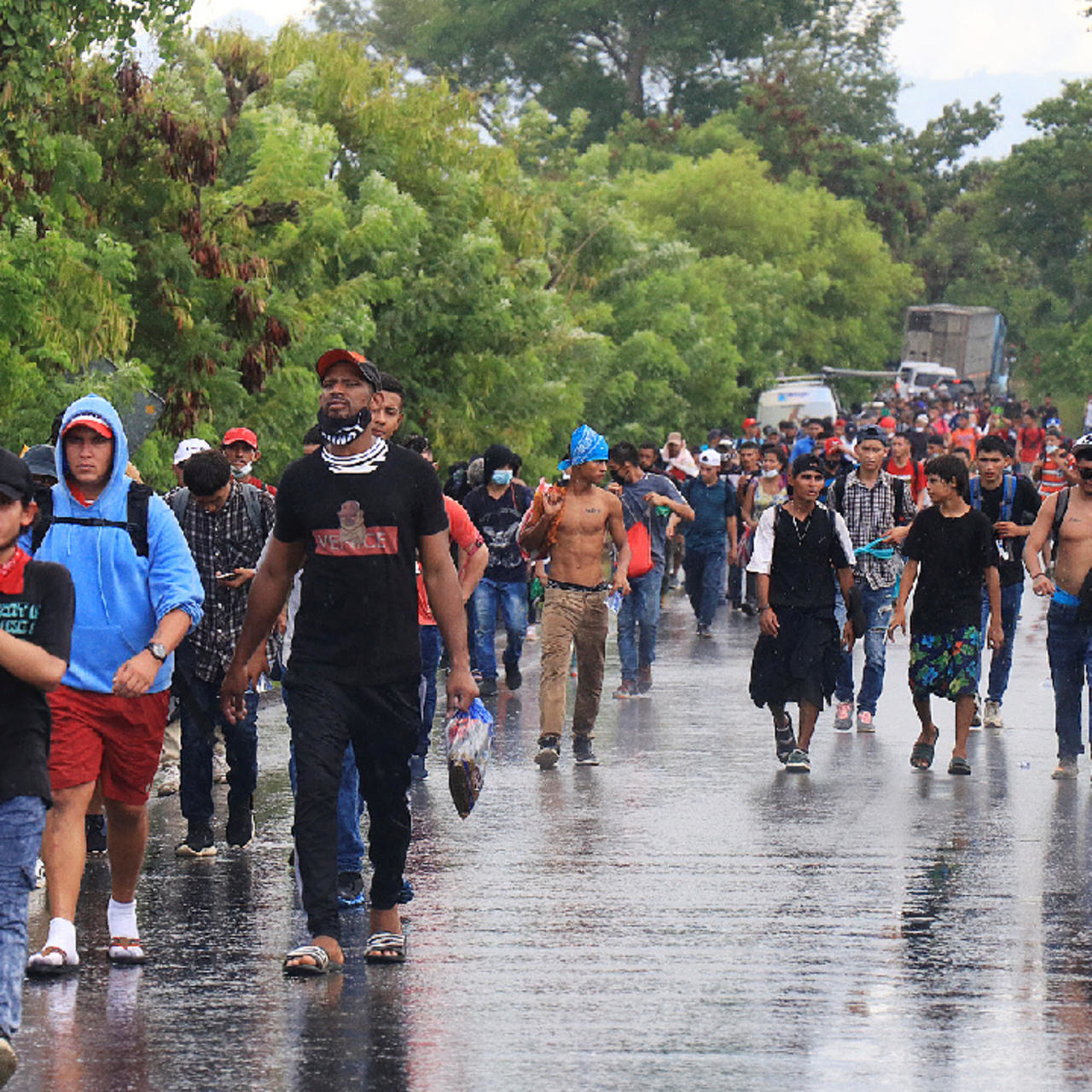 Guatemala ordena Estado Emergencia por Caravana hondureña