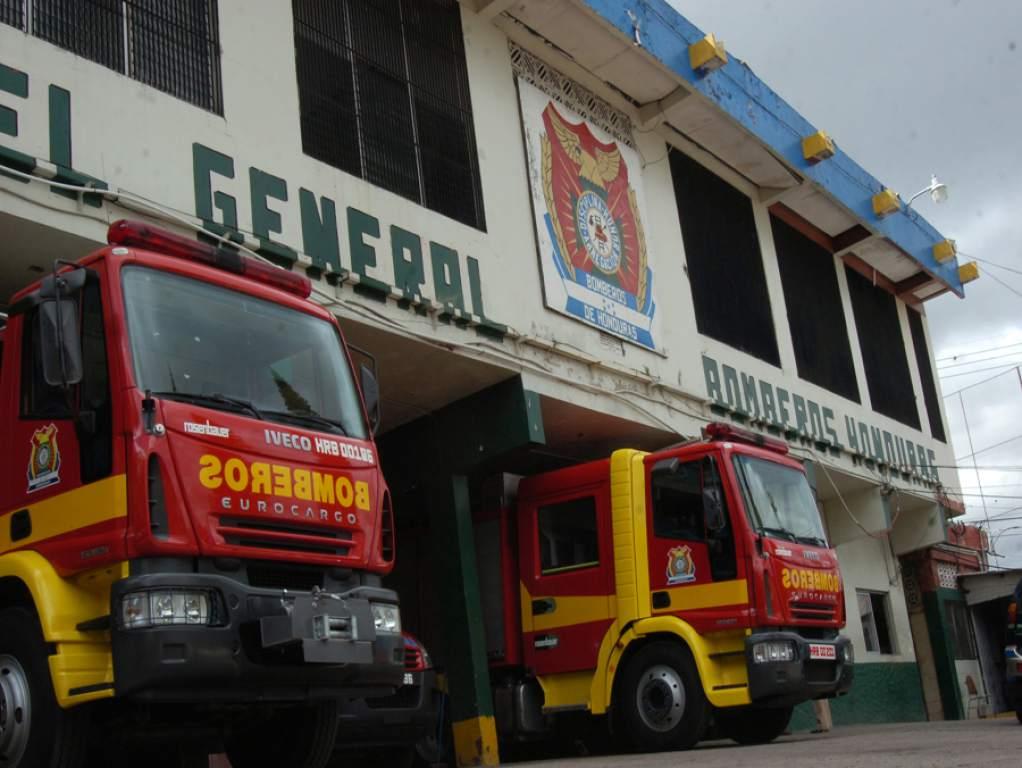 El Cuerpo de Bomberos puso a disposición 1,800 agentes para atender emergenciasdurante la Semana Santa