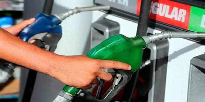 Anuncian primer rebaja del año  a los combustibles a partir del lunes