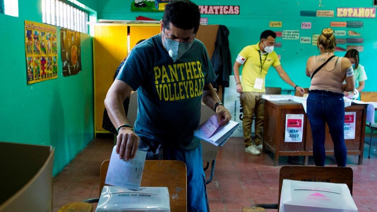 Juan Carlos Elvir: «Hay un compromiso de aprobar la nueva ley electoral y la ley de justicia electoral»