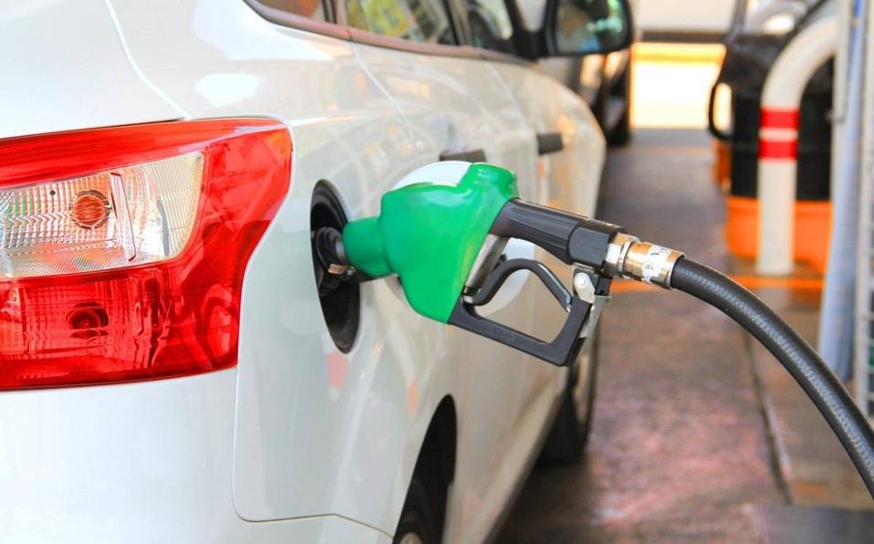 Desde mañana lunes: Bajará precio de todos los combustibles