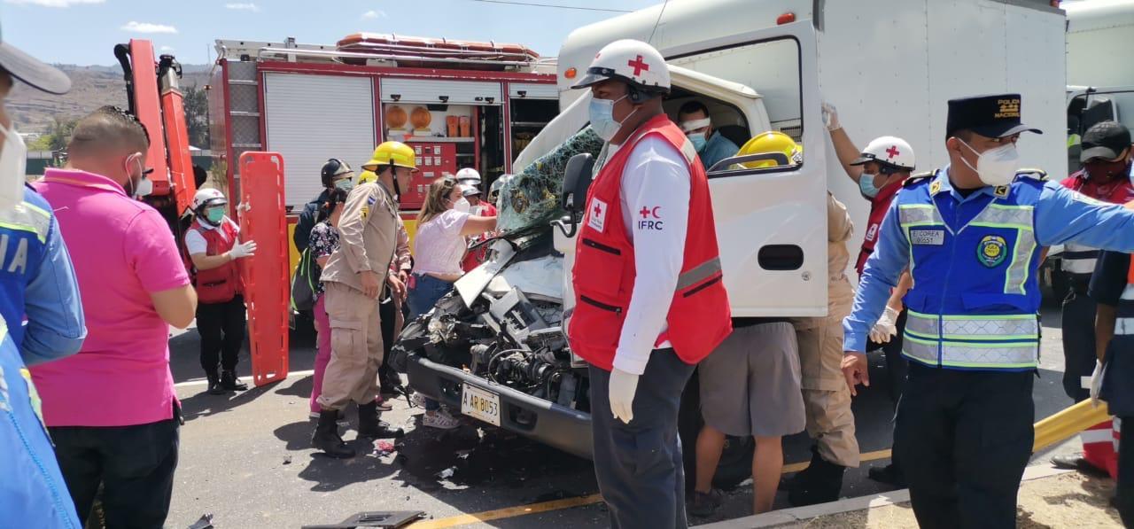Un muerto y varios heridos deja mortal choque en Valle de Amarateca