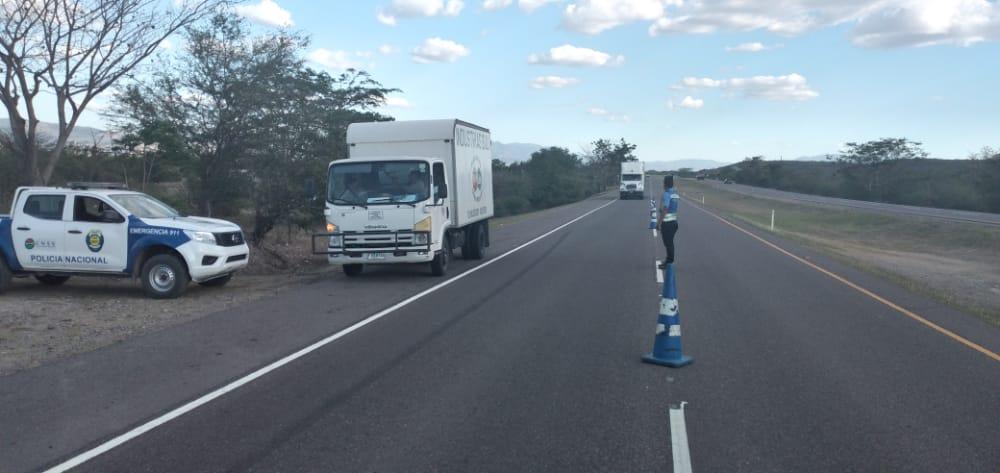 Subdirector de la DNVT: «El total de nuestro personal está diseminado en los distintos ejes carreteros»
