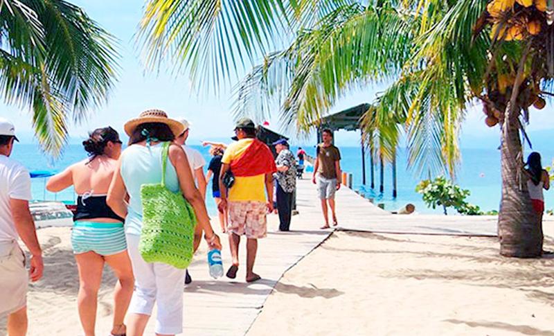 Autoridades de destinos turísticos aseguran que están listos para recibir a veraneantes