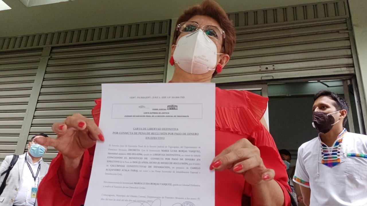 María Luisa Borjas recibe carta de libertad definitiva