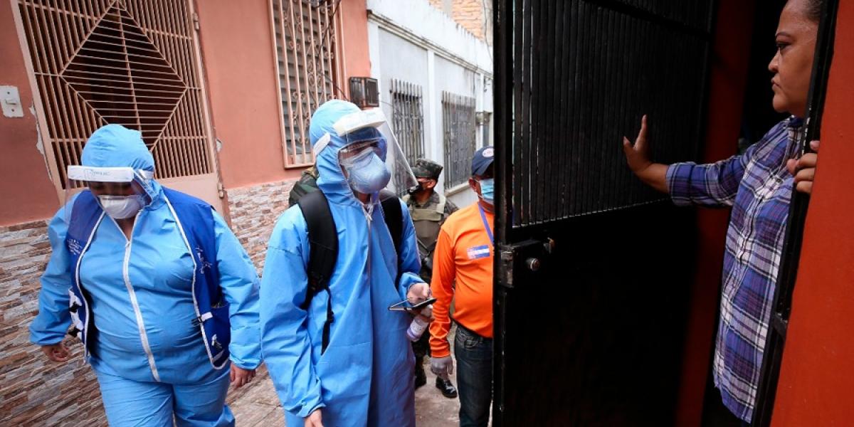 Más de 90 mil hogares han sido visitados por las brigadas médicas contra el COVID-19