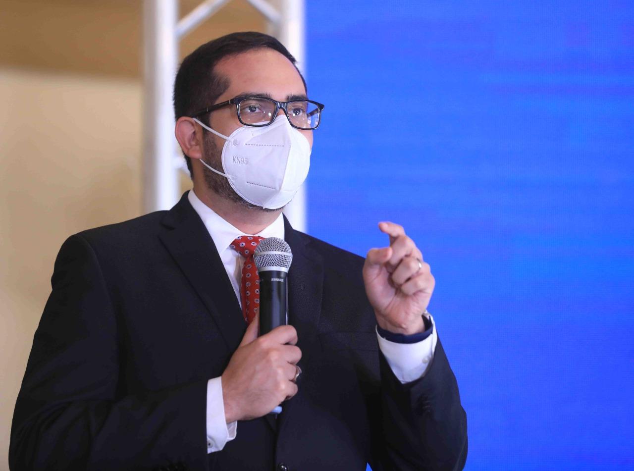 Ministro de Finanzas: Hay sectores que le apuestan a que Honduras no tenga vacunas