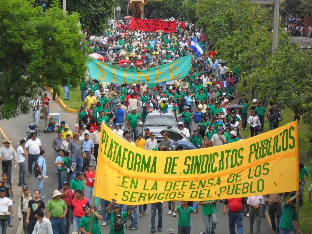 Obreros conmemoran el día del trabajador de forma presencial en varias ciudades del país