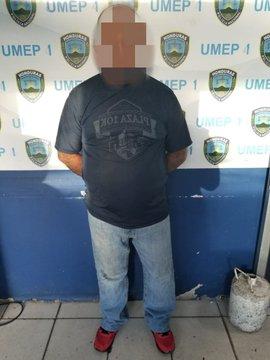 Individuo con catorce fichas delictivas es detenido por agentes preventivos en poder de vehículo robado