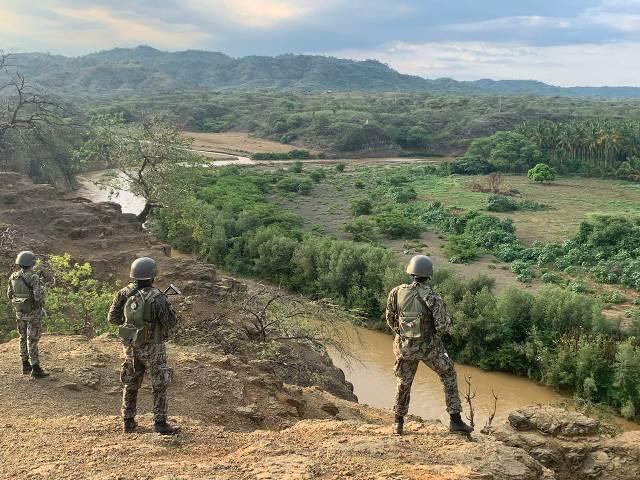 Ministro de Defensa: FFAA siempre han apoyado la seguridad fronteriza
