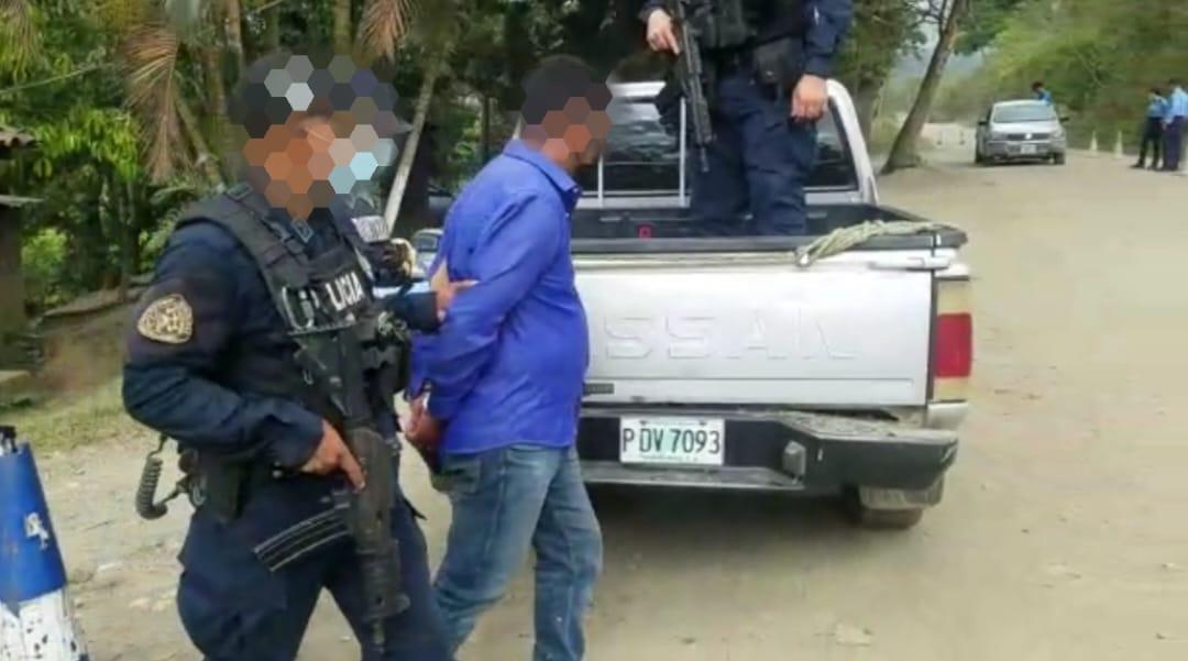 En poder de 6 haitianos detienen en El Paraíso a sospechoso de trafico de personas