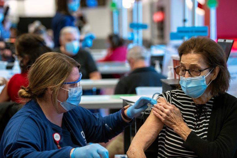 EEUU espera alcanzar este jueves los 100 millones de vacunados contra la Covid-19 con al menos una dosis