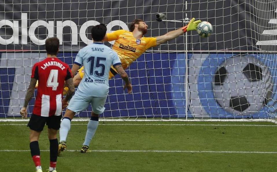 Atlético de Madrid pone en peligro el título de Liga al caer 2-1 frente al Athletic Club