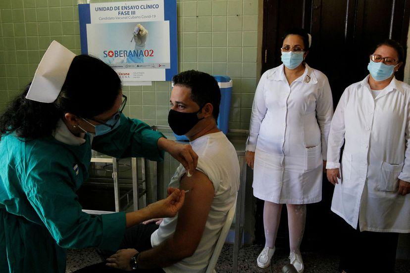 Cuba, a un paso de lograr su propia vacuna contra la covid-19