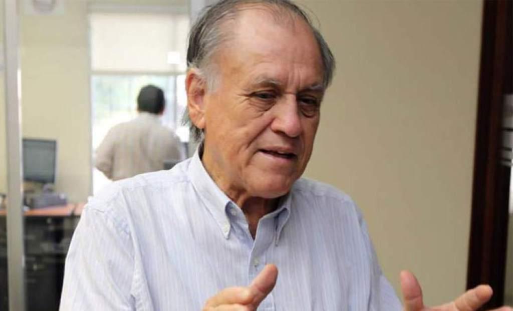 Fallece a sus 80 años el profesor Jose de La Paz Herrera, «Chelato Ucles»