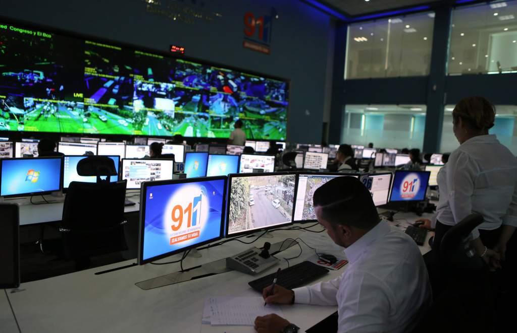 """500 denuncias por """"covidfiestas"""" recibió el 911 durante el fin de semana"""