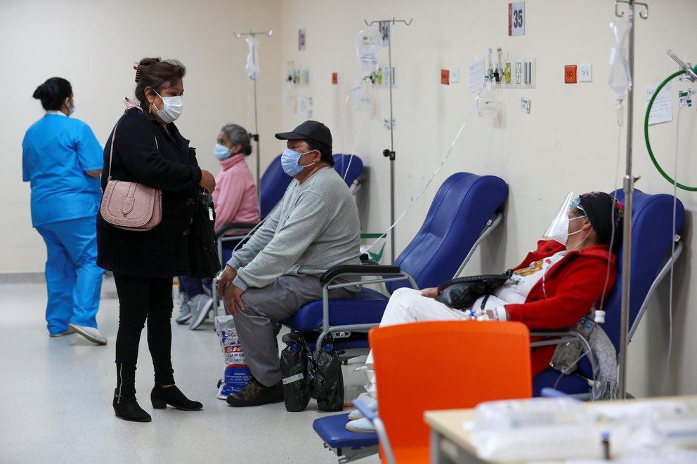 Ecuador declara confinamiento los fines de semana y toque de queda nocturno por aumento de casos de Covid-19