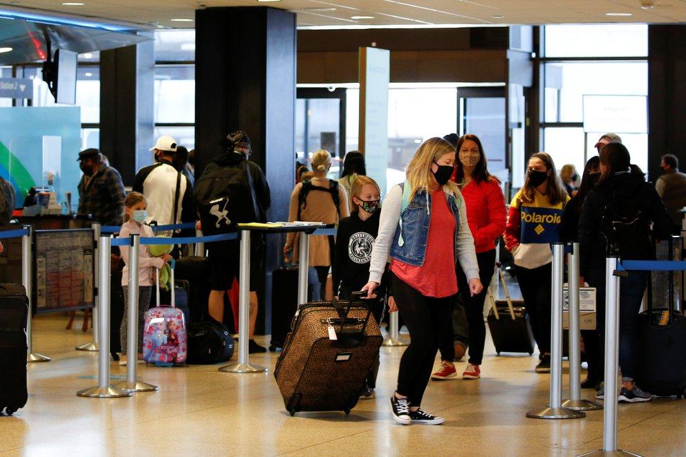 EEUU ampliará las recomendaciones de «no viajar» al 80% de los países debido a la pandemia del Coronavirus