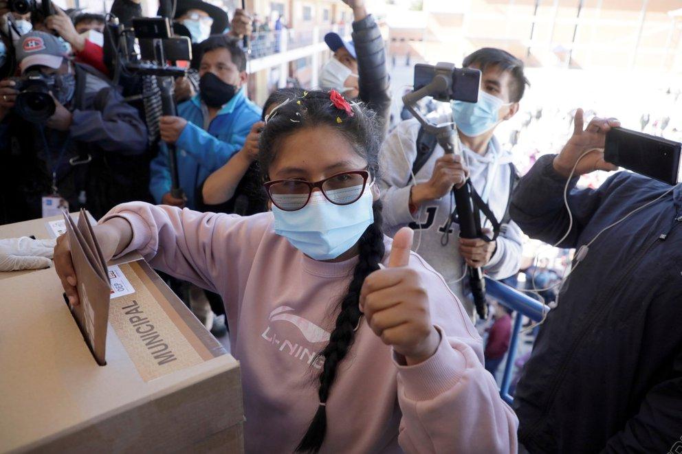 Eva Copa le respondió a Evo Morales: «Traidor es aquel que huye y deja abandonado e indefenso a su pueblo»
