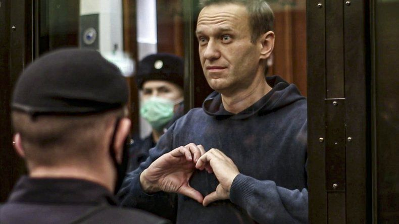 Las autoridades rusas amenazaron con alimentar por la fuerza a Alexei Navalny